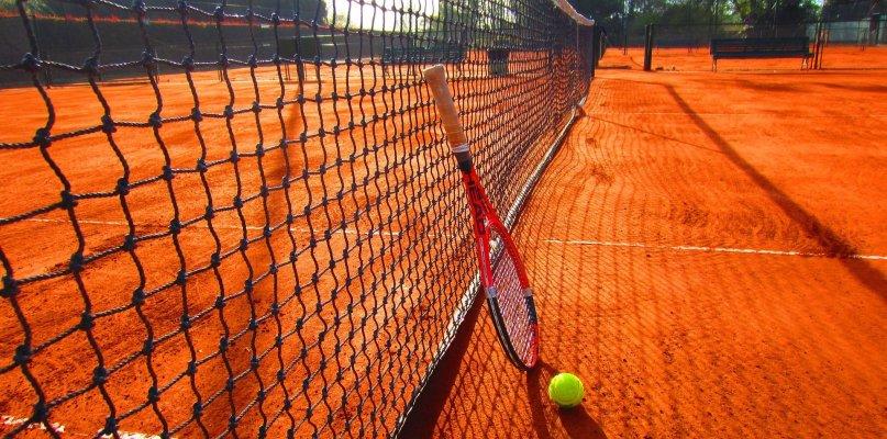 tennis-1671849_1920-compressor.jpg